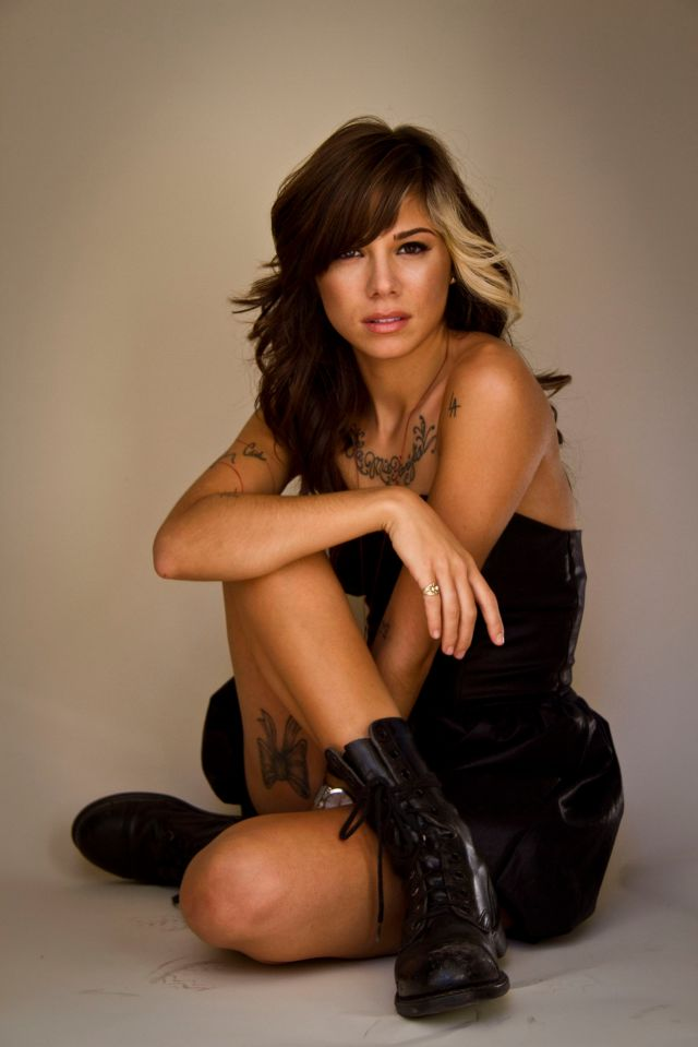 Christina-Perri-HQ-christina-perri-20948100-1707-2560